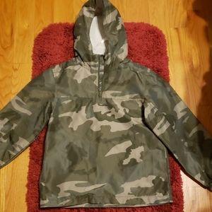 Boys camo hoodie raincoat with side pockets